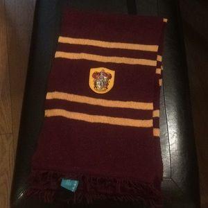 Gryffindor winter scarf